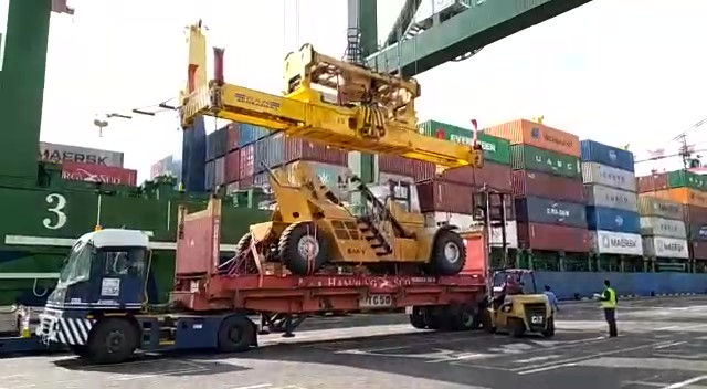 The arrival of the first batch of WFP-funded container handling equipment